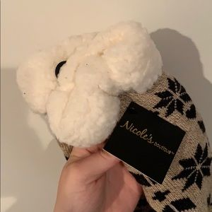 Shoes - NWT Slippers
